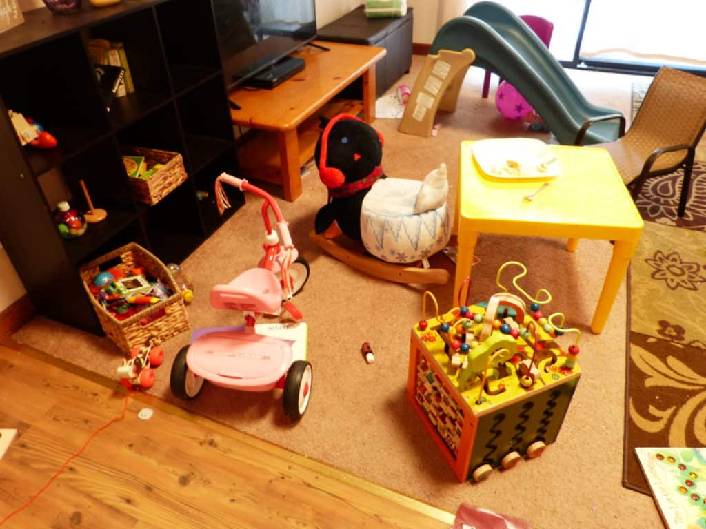 How I Simplified My Toddler's Toys & Unearthed Creativity