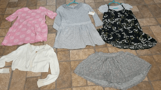 Capsule wardrobes mean less pieces of clothing but more versatile options to mix and match. This is my preschool daughter's Fall/Winter Capsule Wardrobe.