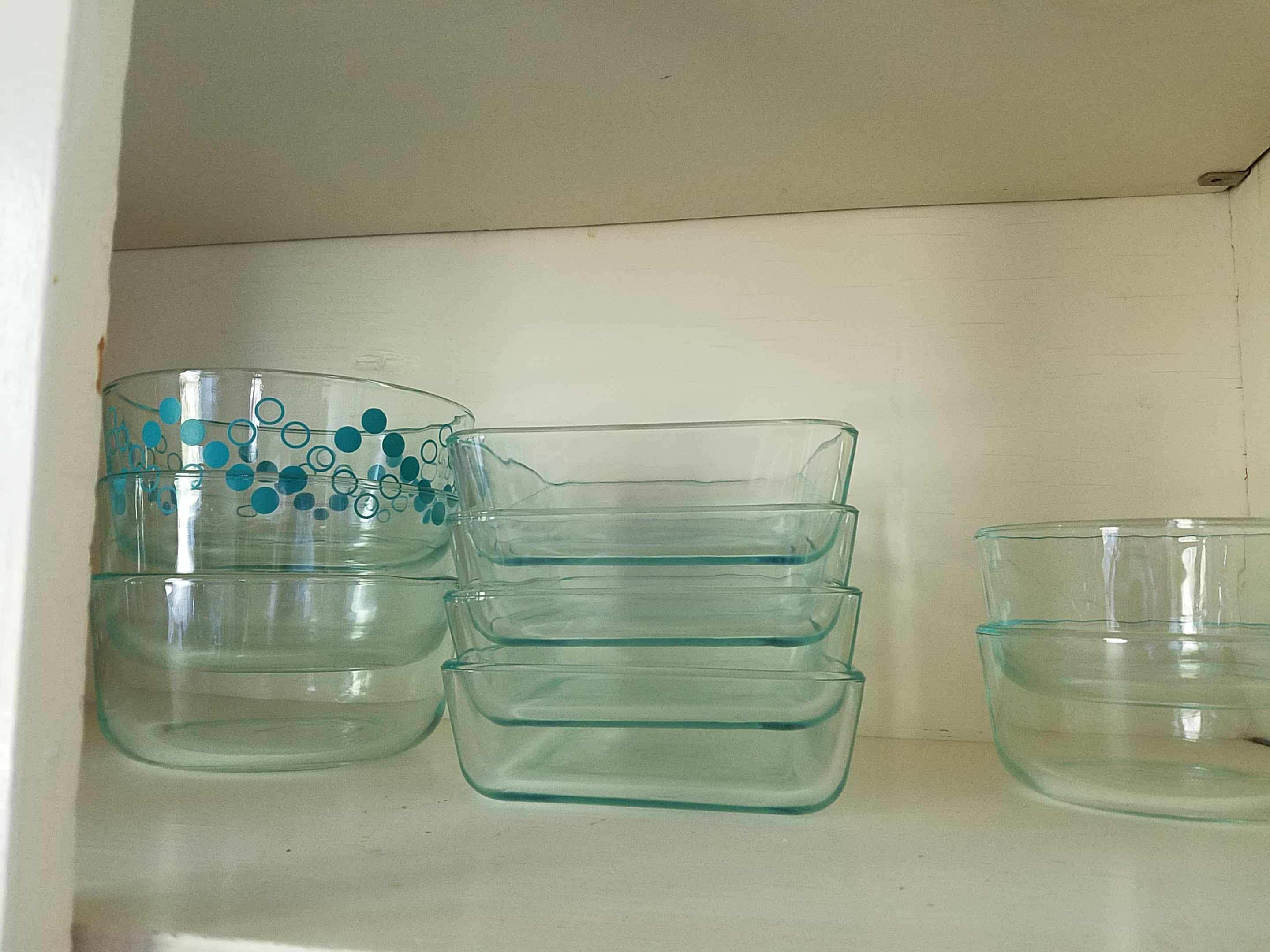 kitchen cabinet with pyrex glass storage containers