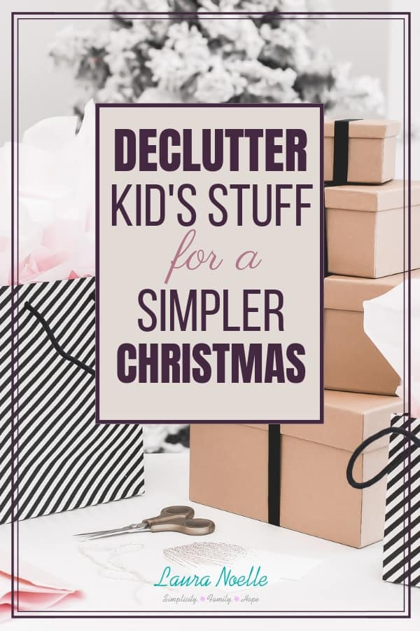 Learn how to easily declutter kids stuff with the one-in-one-out rule so you can have a simpler Christmas! || home organization | kids toys | minimalist christmas | #simplechristmas #declutteringtips